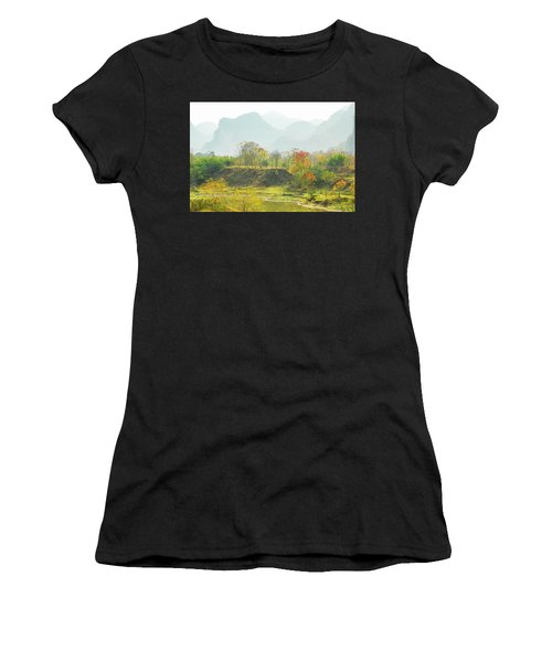 The Colorful Autumn Scenery Women's T-Shirt (Athletic Fit)