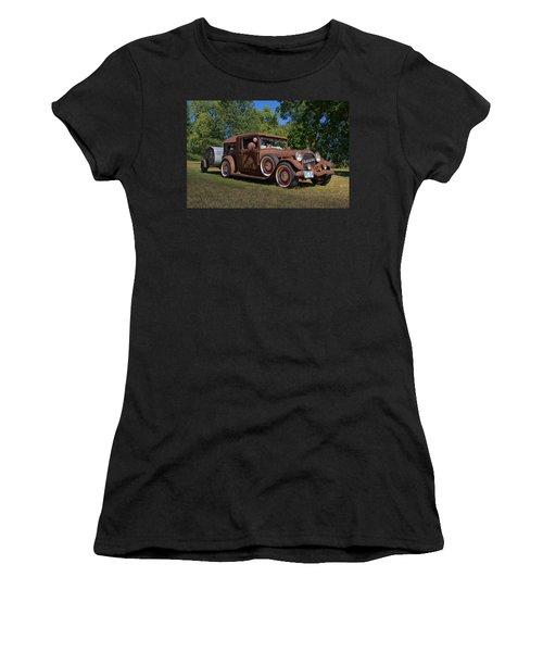 1928 Oldsmobile Camper Special Women's T-Shirt