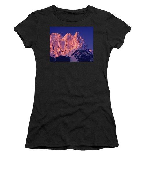 1m4503-a Three Peaks Of Mt. Index At Sunrise Women's T-Shirt