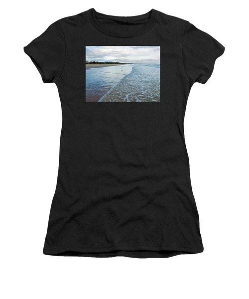 Binh Hai Beach, Quang Ngai Women's T-Shirt (Athletic Fit)