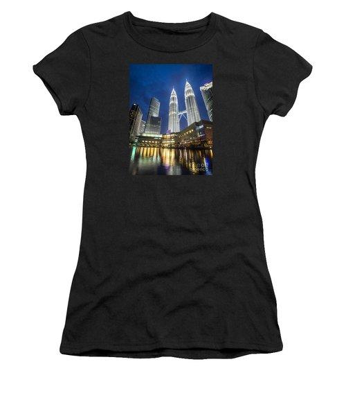 Kuala Lumpur Petronas Towers Women's T-Shirt