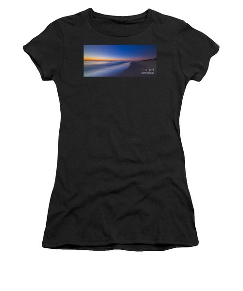 Morning Walk  Women's T-Shirt