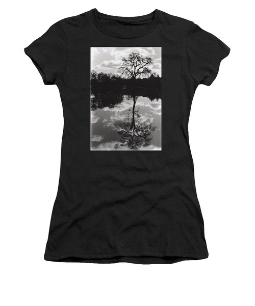 Tree Reflection Sebastopol Ca, Women's T-Shirt