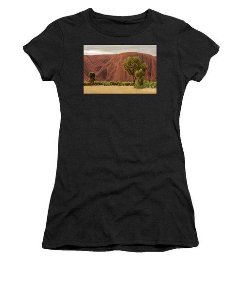 Uluru 08 Women's T-Shirt