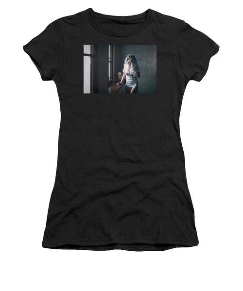 Tu M'as Promis Women's T-Shirt