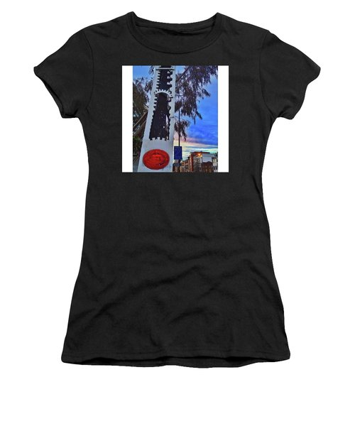 •30 Seconds From My Front Women's T-Shirt