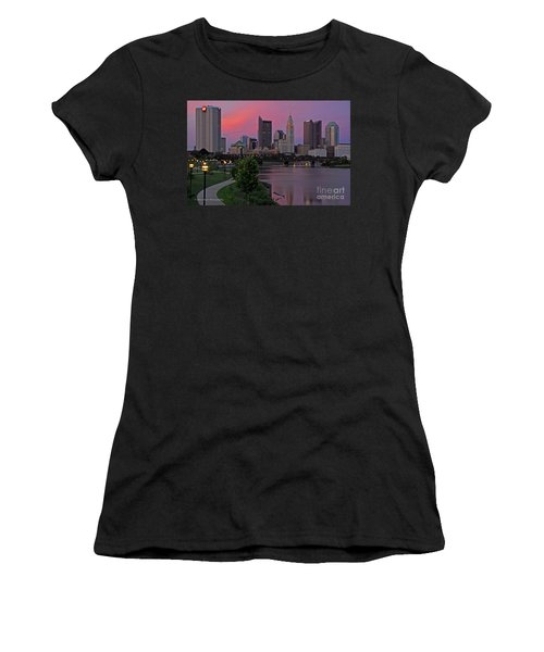D2l37 Columbus Ohio Skyline Photo Women's T-Shirt