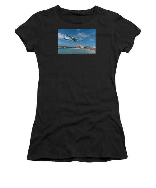 K L M Landing At St. Maarten Women's T-Shirt (Athletic Fit)