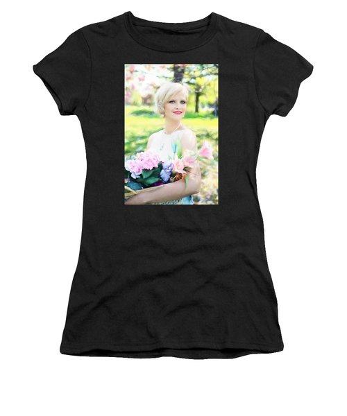 Vintage Val Magnolias Women's T-Shirt