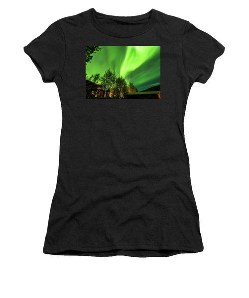 Northern Lights, Aurora Borealis At Kantishna Lodge In Denali National Park Women's T-Shirt