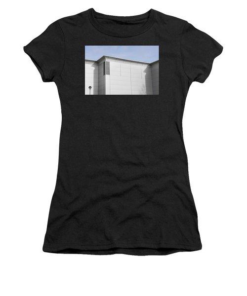 Modern Building Women's T-Shirt