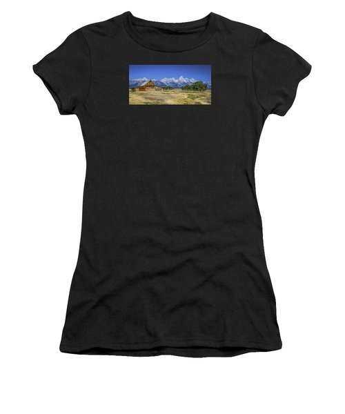 #5730 - Mormon Row, Wyoming Women's T-Shirt (Athletic Fit)