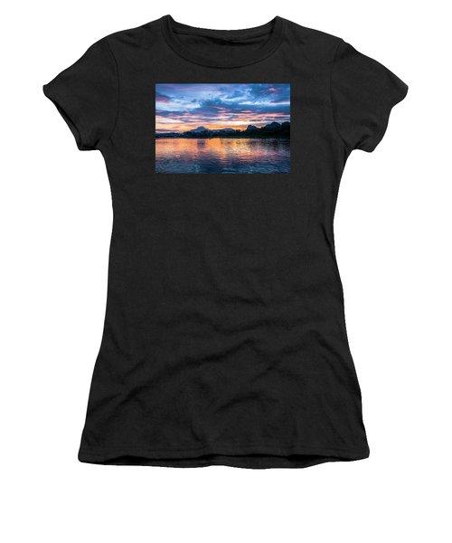 Sunrise Scenery In The Morning Women's T-Shirt