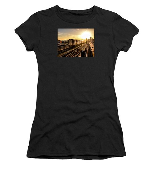 7 Train Sunset Women's T-Shirt
