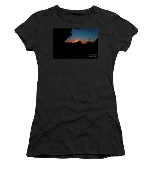 A Beautiful Night... Women's T-Shirt (Athletic Fit)