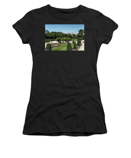 Colorfull El Retiro Park Women's T-Shirt (Athletic Fit)