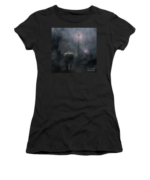 A Foggy Night Romance Women's T-Shirt