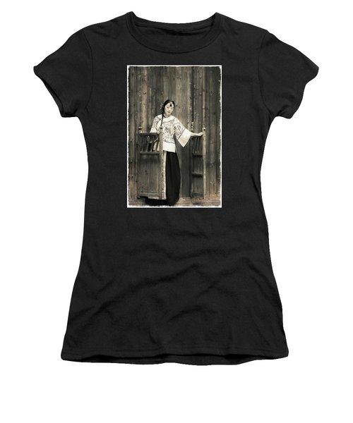 A Model In A Period Costume. Women's T-Shirt