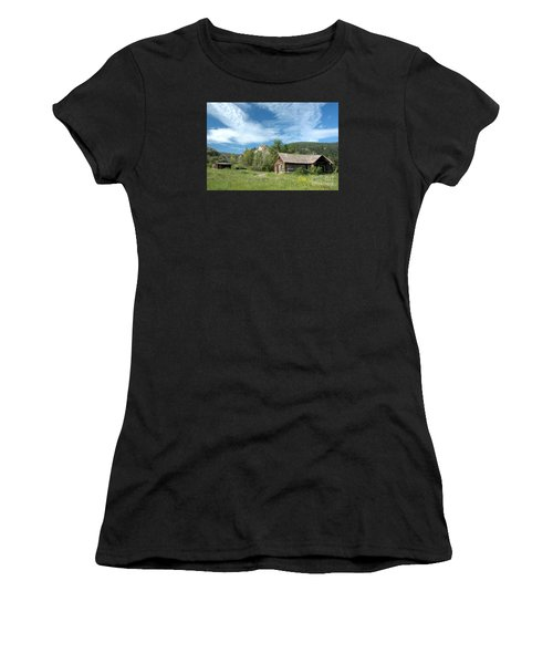 Abandoned Cabin Women's T-Shirt (Athletic Fit)