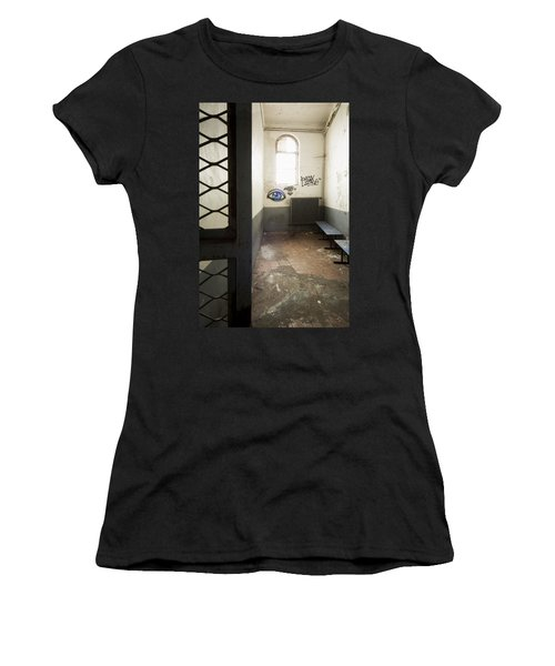 Abandoned Prison Cell With Grafitti Of Eye On Wall Women's T-Shirt (Athletic Fit)