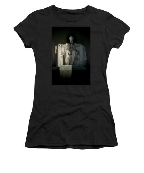 Abraham Lincoln And The Current State Of Affairs Women's T-Shirt