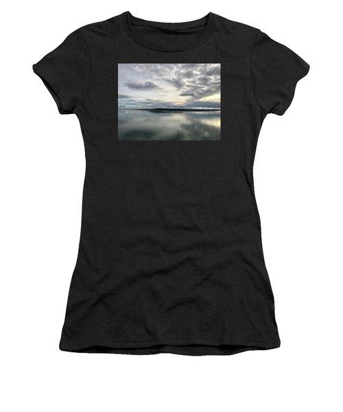 Alaskan Sunrise Women's T-Shirt (Athletic Fit)