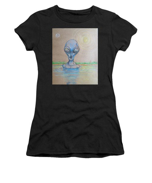 Alien Submerged Women's T-Shirt