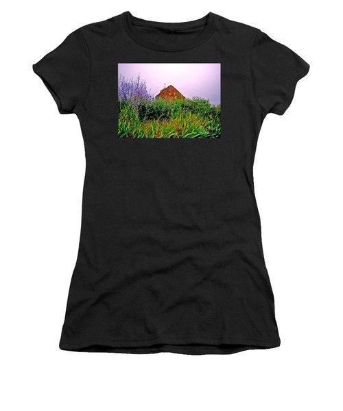 Ameugny 3 Women's T-Shirt (Athletic Fit)