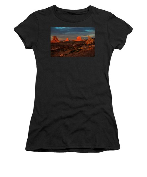 An Incredible Evening Women's T-Shirt