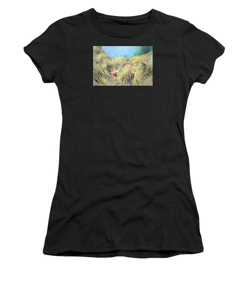 Anemone Clownfish Women's T-Shirt