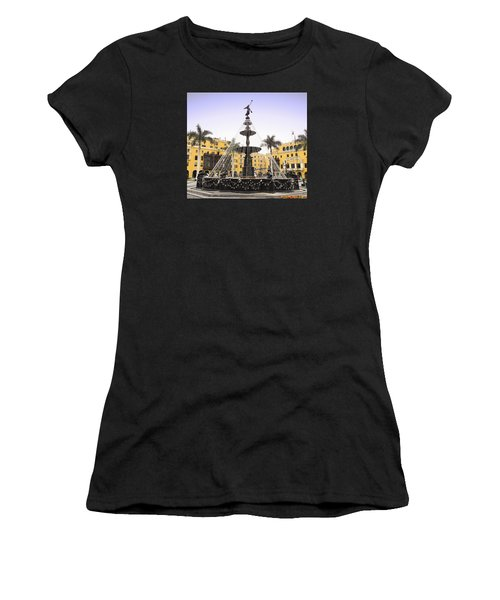 Angel In The Square Women's T-Shirt