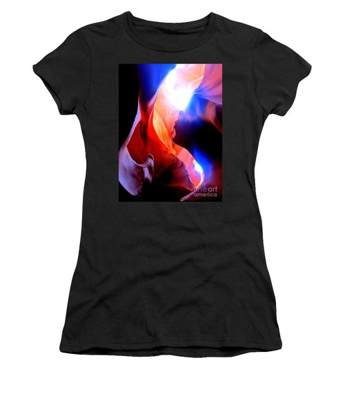 Antelope Canyon Fusion A Women's T-Shirt