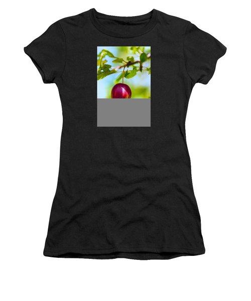 Crab Apple Women's T-Shirt (Athletic Fit)