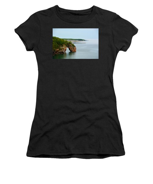 Arch Over Superior Women's T-Shirt