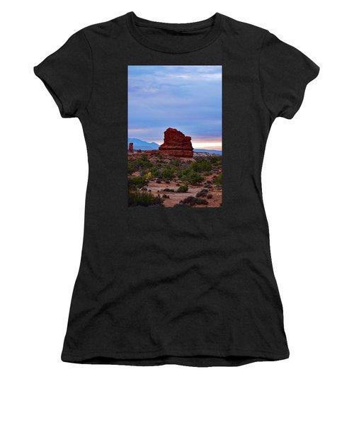 Arches No. 4-1 Women's T-Shirt (Athletic Fit)