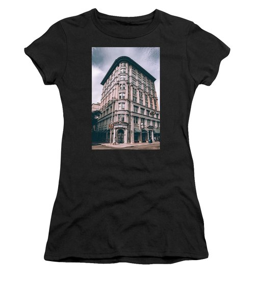 Archtectural Building 3 Women's T-Shirt (Athletic Fit)