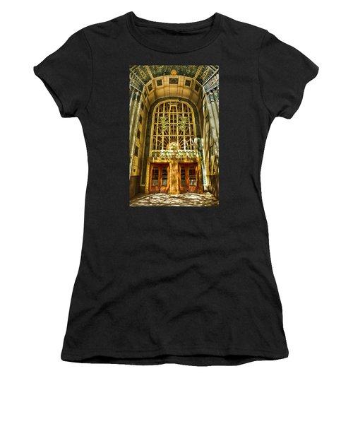 Art Deco Marine Building Women's T-Shirt (Athletic Fit)