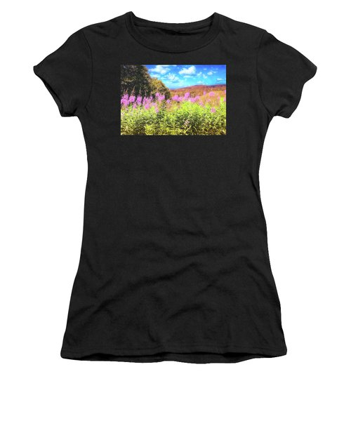 Art Photo Of Vermont Rolling Hills With Pink Flowers In The Foreground Women's T-Shirt