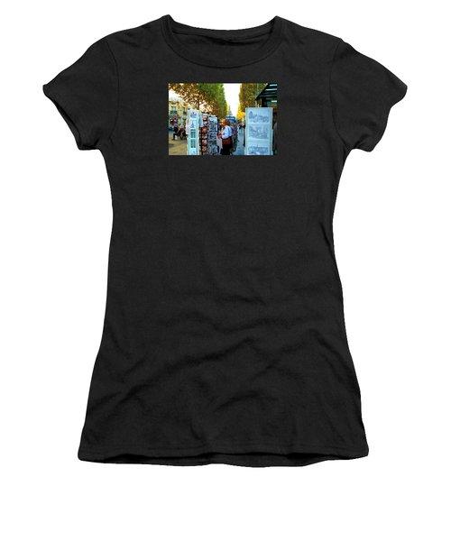 Art Shopping In Paris Women's T-Shirt