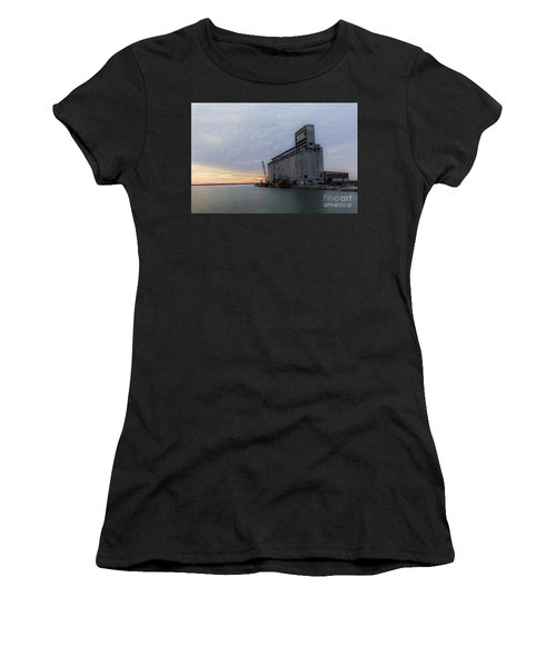 Artistic Sunset Women's T-Shirt (Athletic Fit)