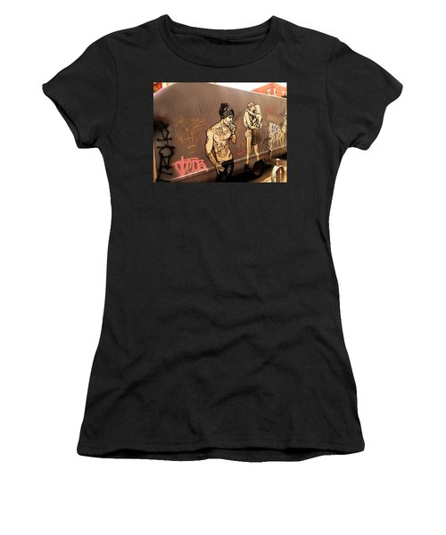 Artsy Love Scenes On New York Truck Women's T-Shirt (Athletic Fit)