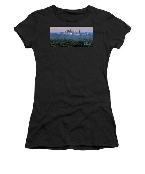 Atlanta Skyline Women's T-Shirt (Athletic Fit)