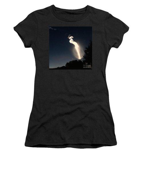 Atlas V Launch Flare Women's T-Shirt
