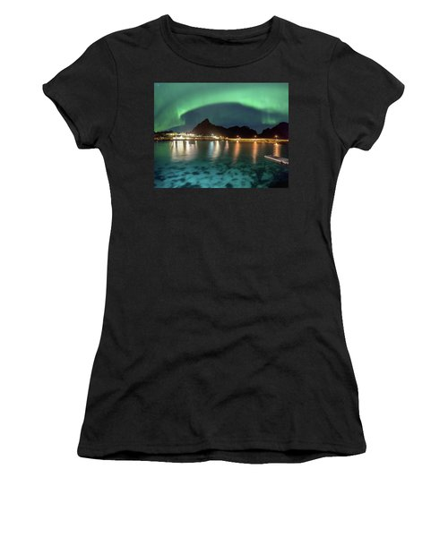 Aurora Above Turquoise Waters Women's T-Shirt