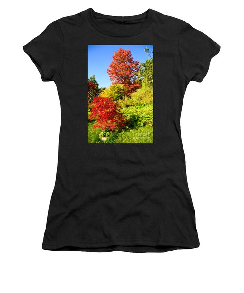 Autumn Colours Women's T-Shirt (Athletic Fit)