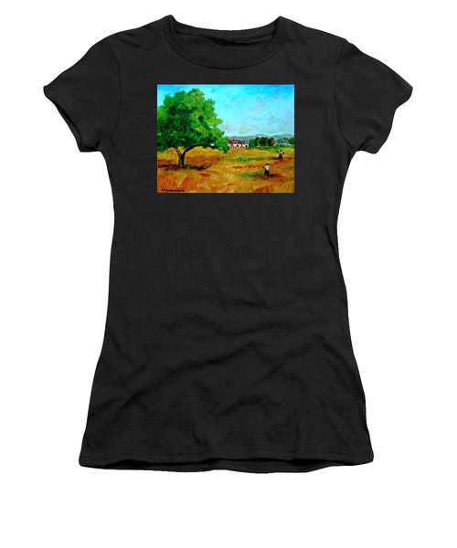Autumn Preparing Women's T-Shirt (Athletic Fit)