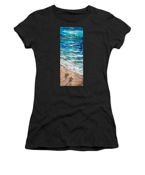 Baby Sea Turtles I Women's T-Shirt