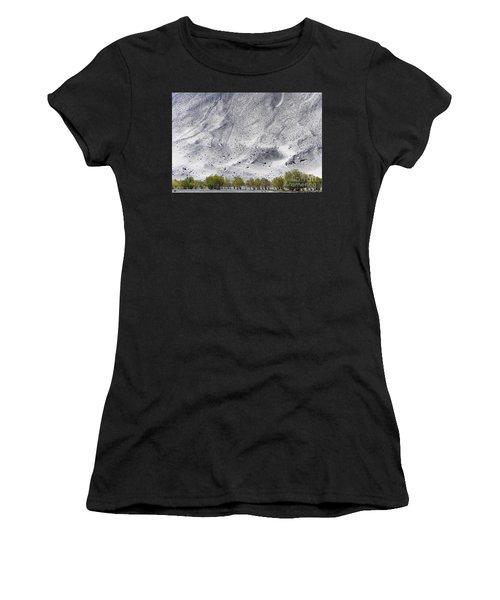 Backdrop Of Sand, Chumathang, 2006 Women's T-Shirt