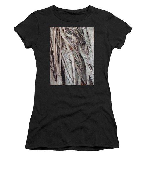 Banyan In Maui Women's T-Shirt