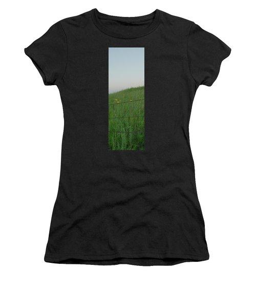 Barb Wire Prairie Women's T-Shirt